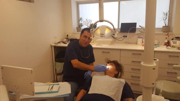 רופא שיניים בגבעתיים - ארז בכר