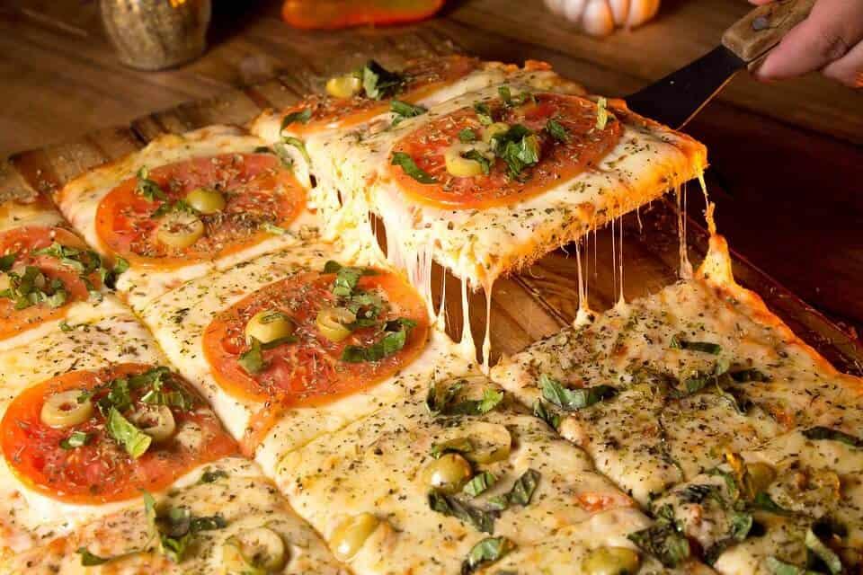 הפיצריות הכי טעימות בגבעתיים - מדריך מומלצים