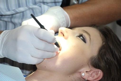 רופאי השיניים הכי טובים בעיר גבעתיים - מדריך המומלצים