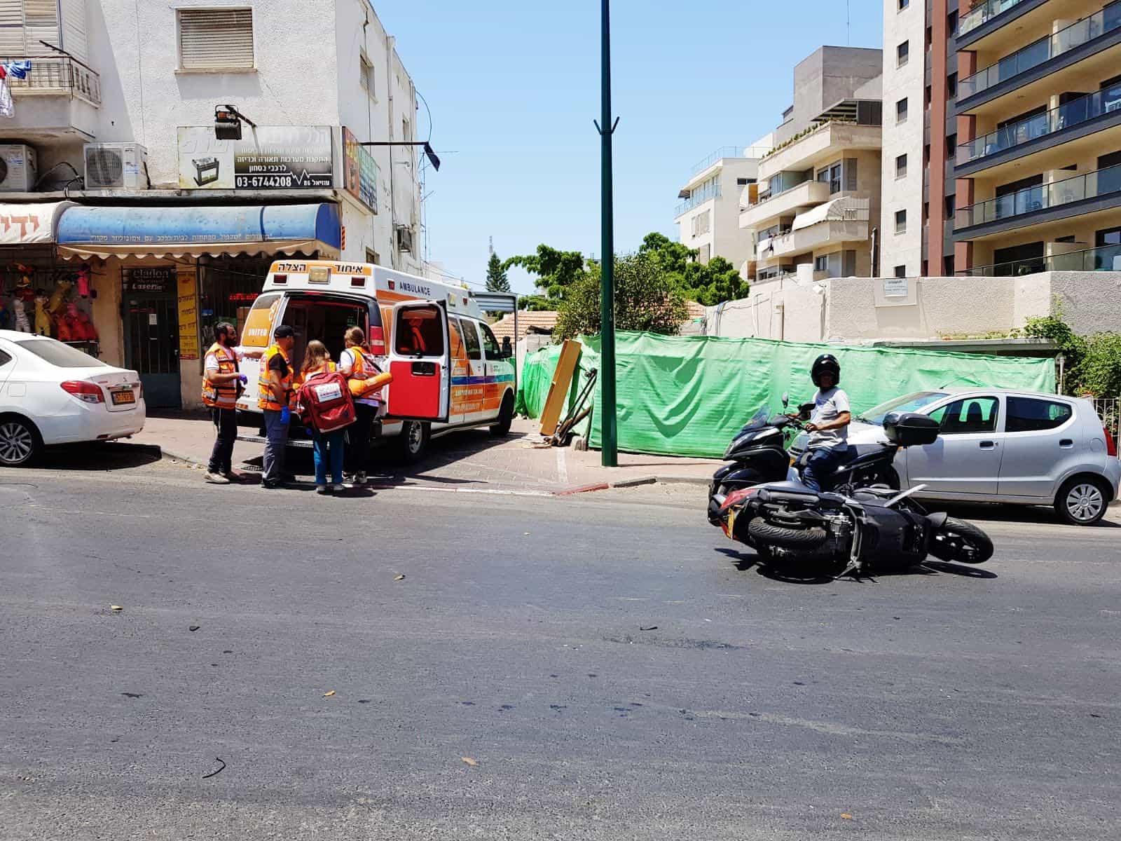 האופנוע נשאר מוטל על הכביש, צילום: דוברות איחוד הצלה