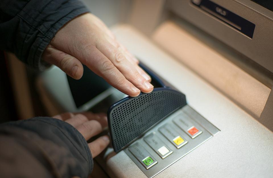 זיוף כרטיסי האשראי. אילוסטרציה