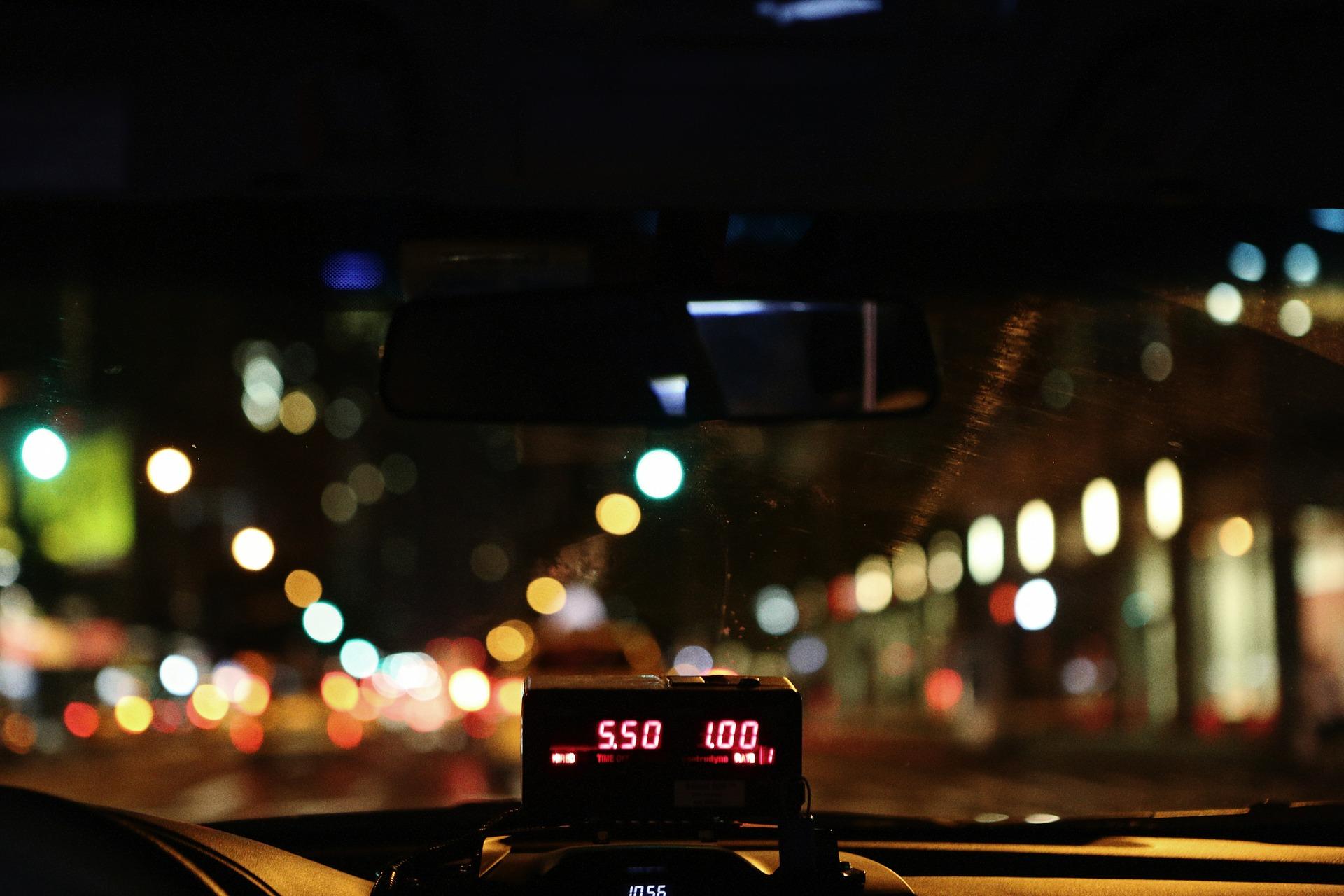 יעלה כמה שיעלה עולה על מונית, צילום אילוסטרציה