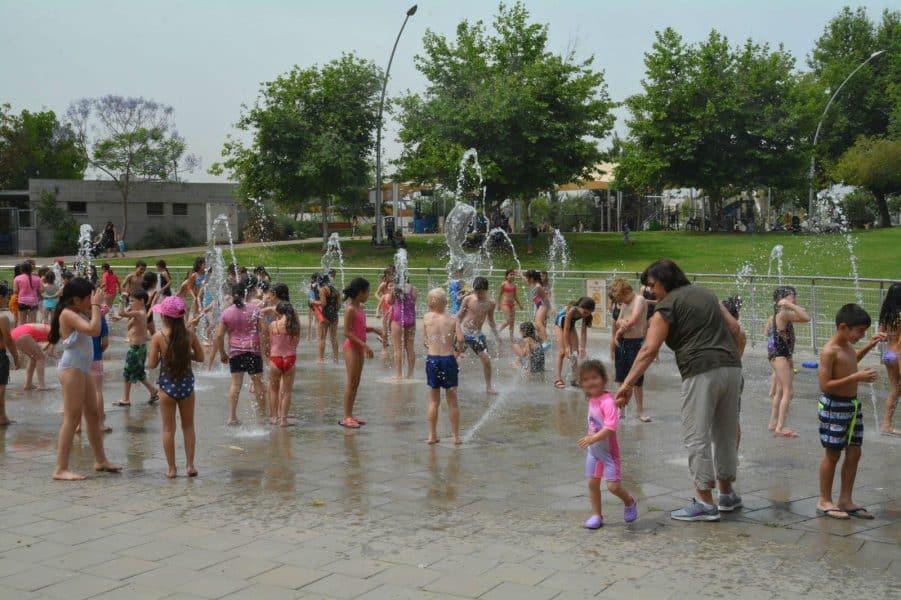 גבעתיים: מים בששון לילדי העיר