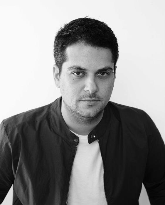 מעצב פנים אורון מילשטיין. צילום: תום מרשק