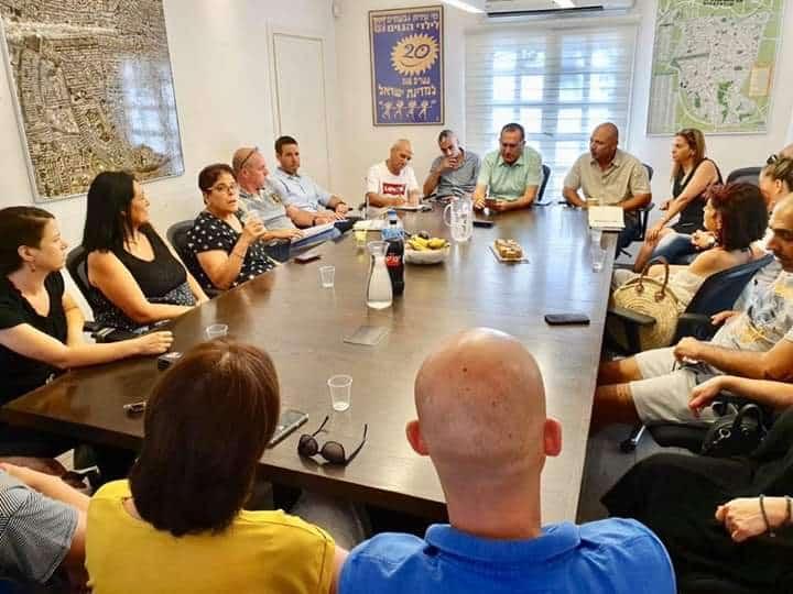 הישיבה בעירייה עם נציגי הפעוטונים