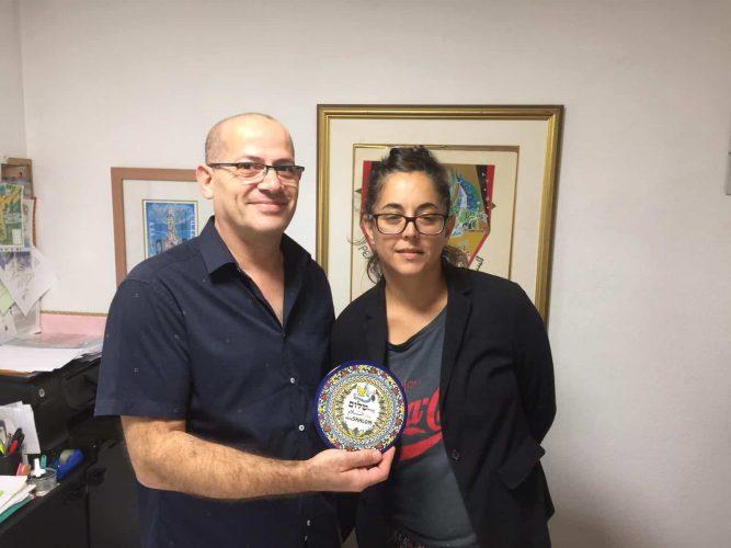 עם מנהל המלון נאיף עבאס