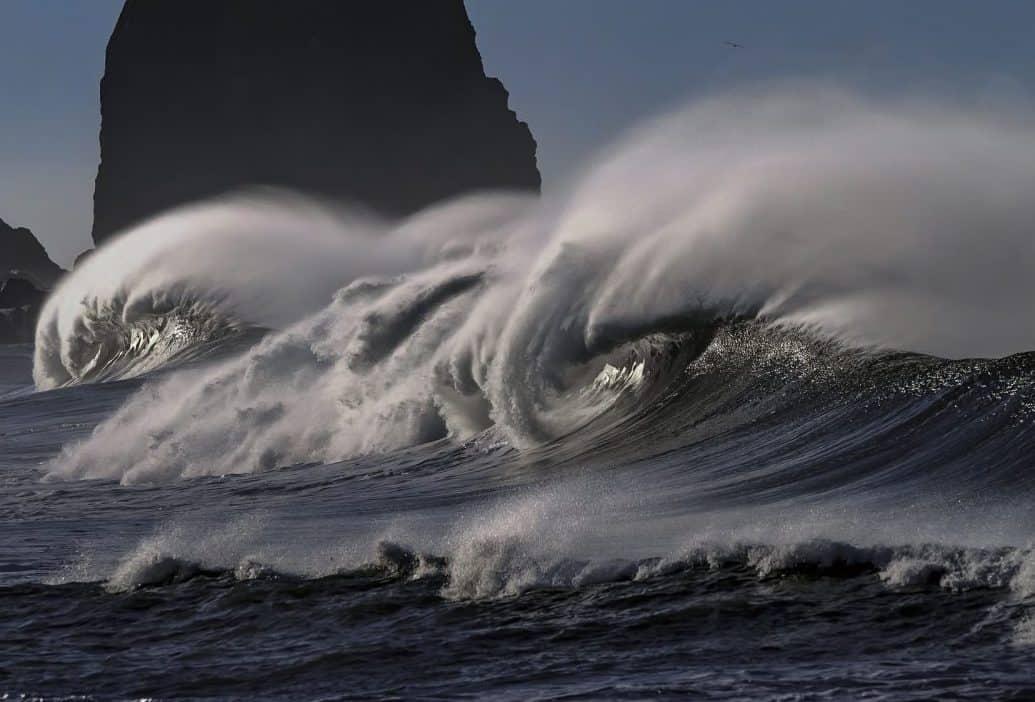 הים יהיה גבה גלי