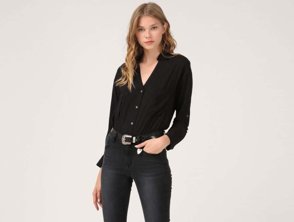 לי קופר סתיו/חורף. חולצה 119 שקל, מכנס 179.90 שקל, צילום: נועה סלטי