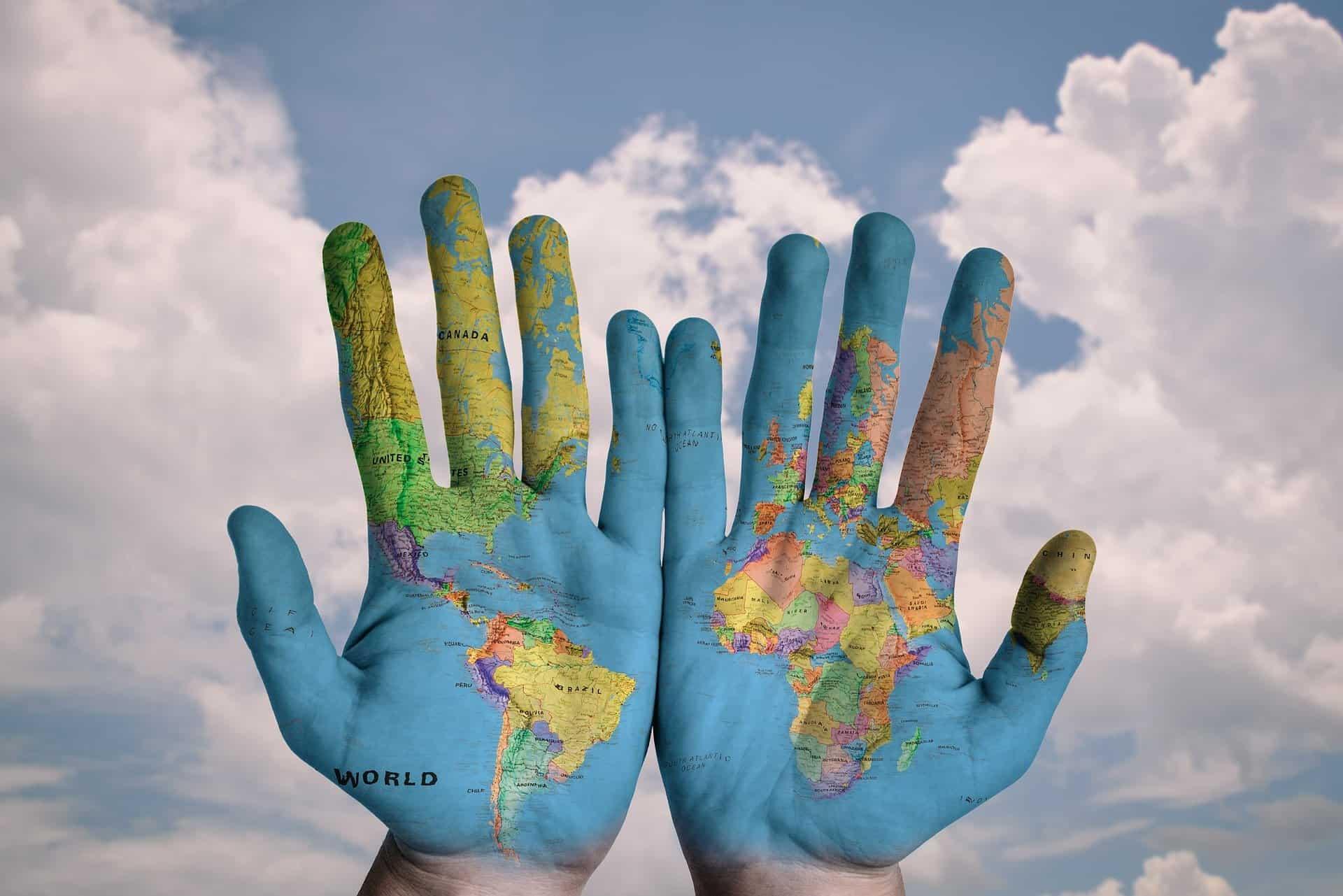 כדור הארץ בידיים שלנו? צילום: פיקסביי
