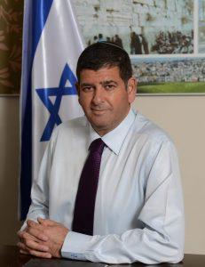 ראש עיריית גבעת שמואל, יוסי ברודני. צילום: עיריית גבעת שמואל