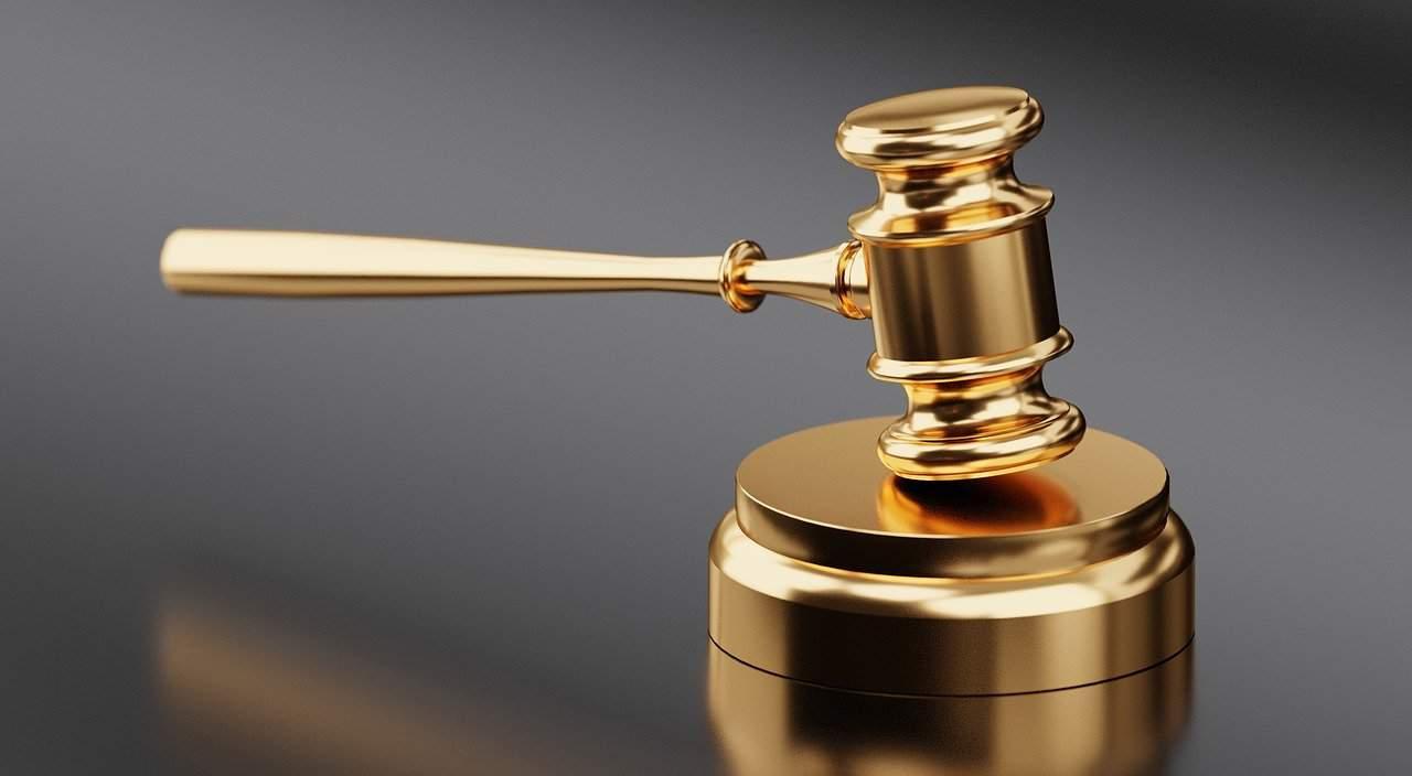הליכים משפטיים