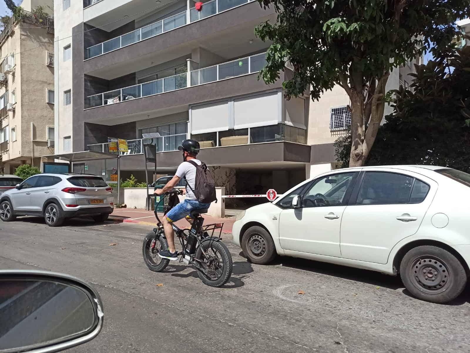 אופניים חשמליים צילום נטלי פורטי