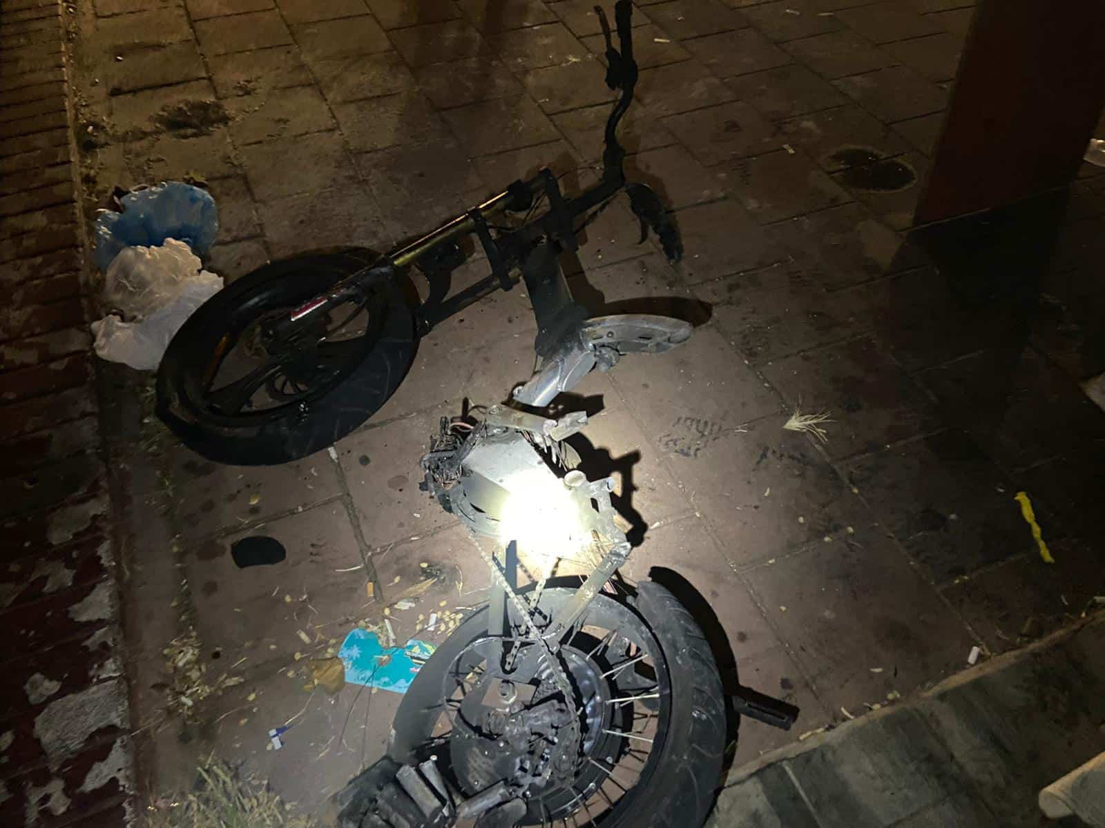 אופניים חשמליים שרפו את בית הכנסת. רמת גן. קרדיט: דוברות כבאות והצלה מחוז דן