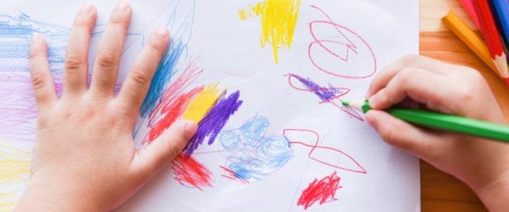 פענוח ציורי ילדים . צילום: freepik