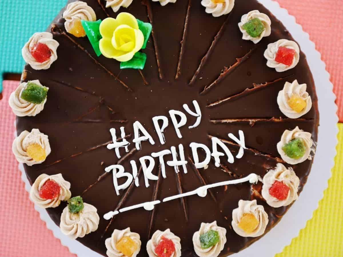 עוגת יום הולדת (canva)