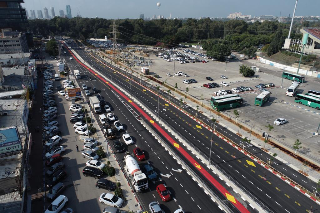 """נתיבי תחבורה ציבורית חדשים בר""""ג (צילום: לביא תצלומי אוויר)"""