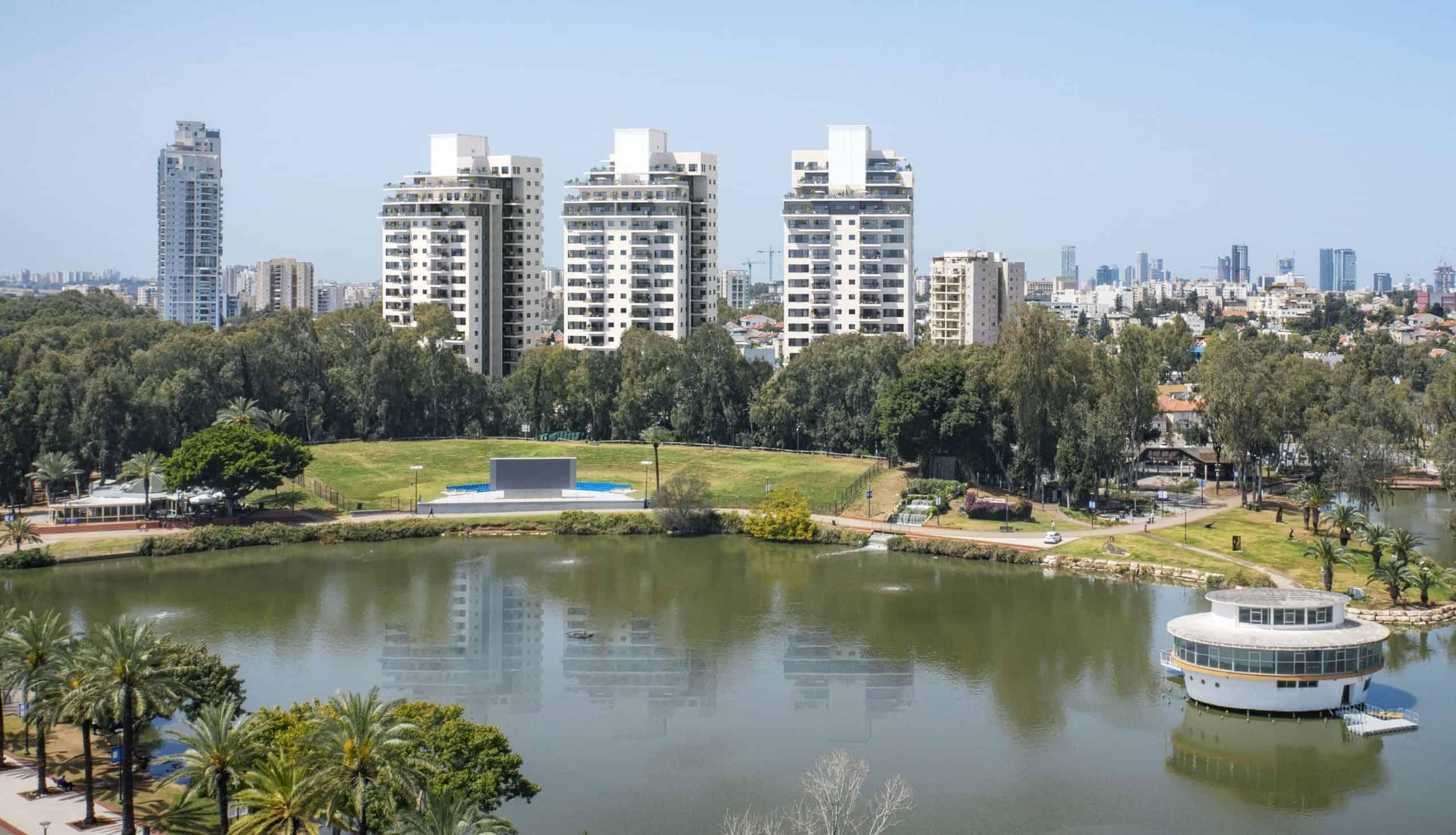 פרויקט THE LAKE ברמת גן של צמח המרמן וסרוגו (1)